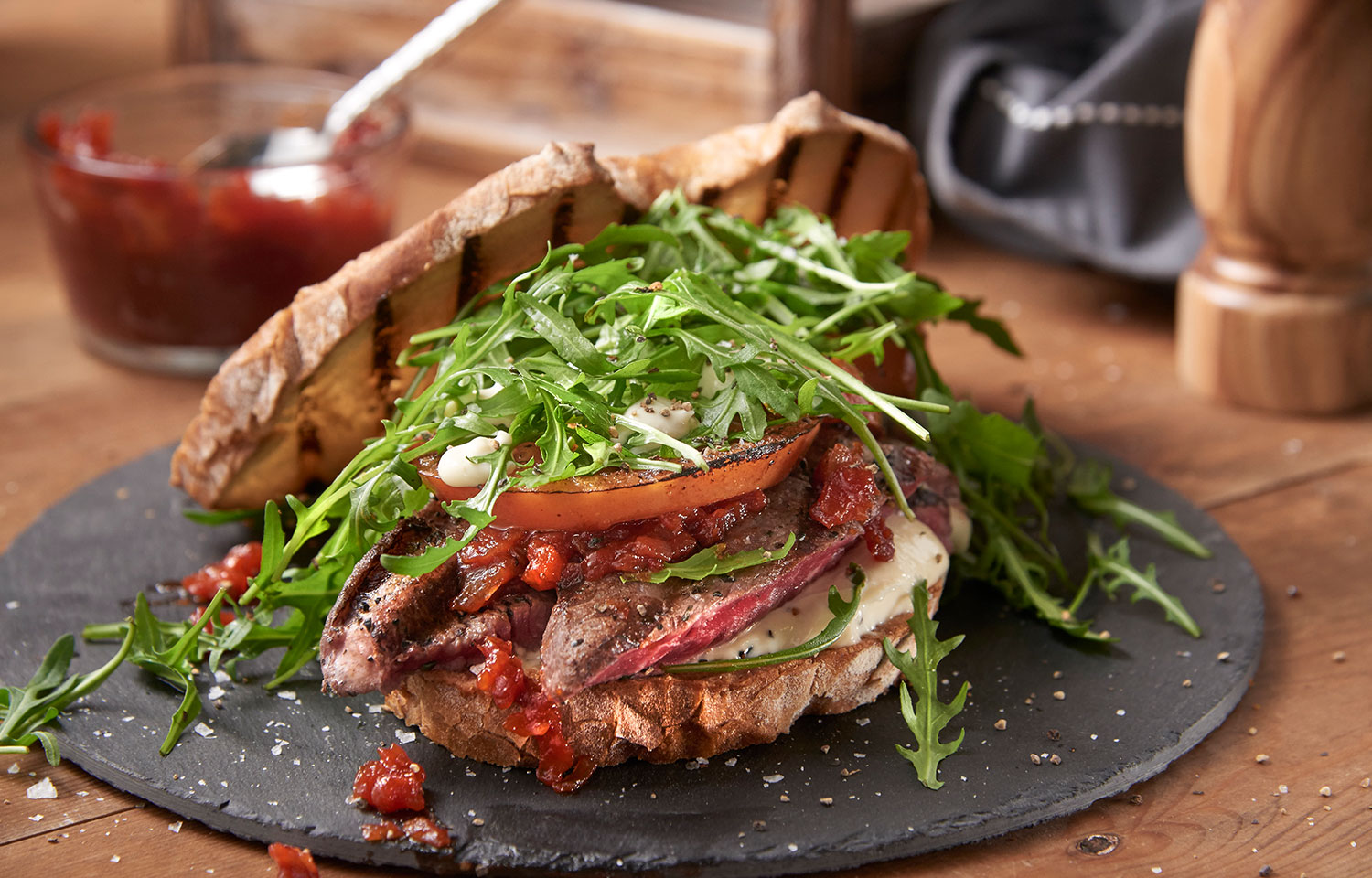 Fillet Steak Sandwich with Tomato Relish